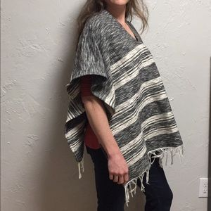 Sweaters - Awesome authentic Peruvian poncho!